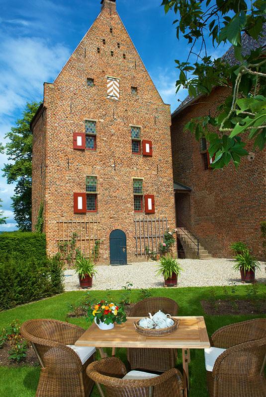 Platte Toren Huis Bergh