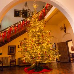 Kerstmis Huis Bergh trappenhuis